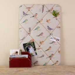 Noticeboard, memo board portrait with garden bird design