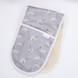 Oven gloves in a hare and dandelion flower design