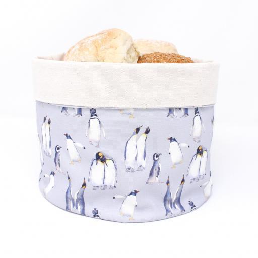 Bread warmer - Penguin parade pattern