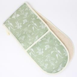 foraging oven gloves 150 dpi.jpg