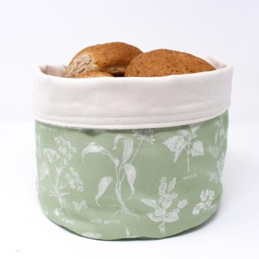 Foraging Bread Warmer